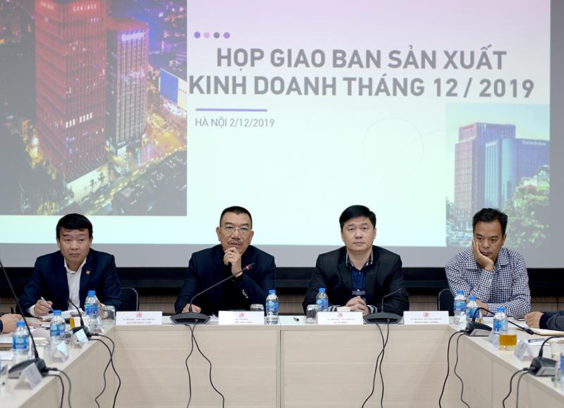 Chủ tịch HĐQT Nguyễn Văn Công  phát biểu chỉ đạo tại cuộc họp