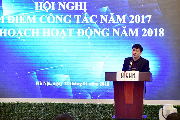 TS. Hà Minh – TGĐ phát biểu khai mạc và đánh giá tổng quan công tác năm 2017