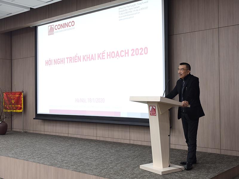 Ông Nguyễn Văn Công – Chủ tịch HĐQT phát biểu khai mạc và chỉ đạo hội nghị