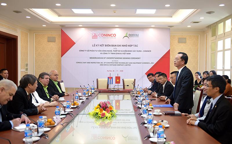 Bộ trưởng Bộ Xây dựng Phạm Hồng Hà phát biểu tại buổi Lễ