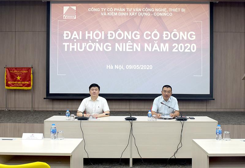 Chủ tịch HĐQT Nguyễn Văn Công và Tổng Giám đốc TS. Hà Minh điều hành đại hội
