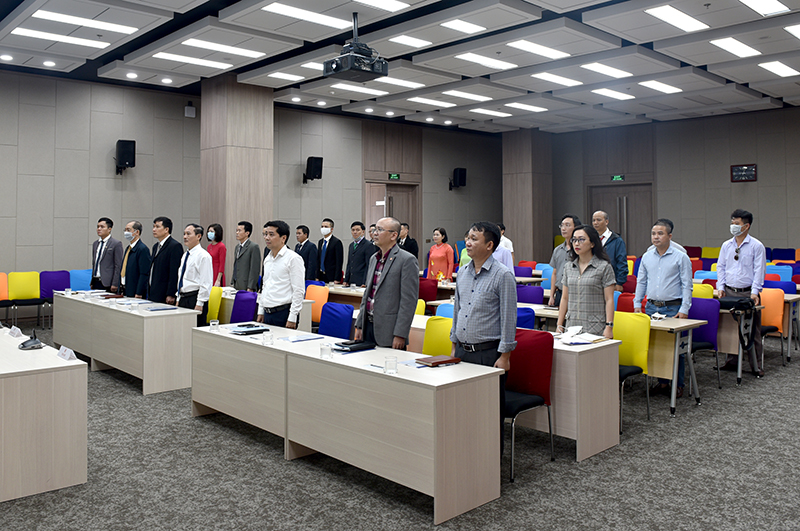 Đại hội thực hiện nghi thức chào cờ