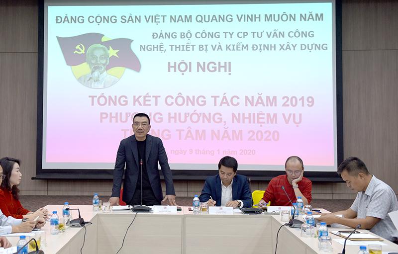 Đồng chí Nguyễn Văn Công – Bí thư Đảng ủy Công ty chỉ đạo hội nghị