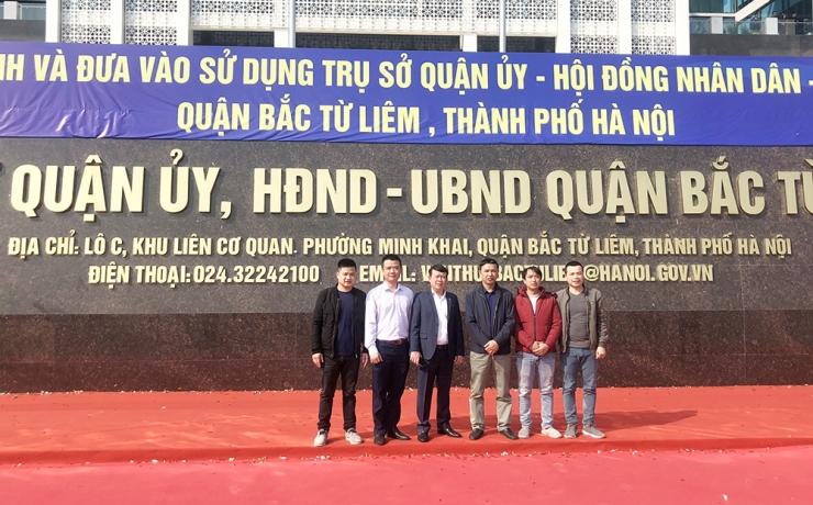 Ủy viên HĐQT, PTGĐ Nguyễn Mạnh Tuấn (thứ 3 từ trái sang) cùng đoàn TVGS CONINCO tại Lễ khánh thành